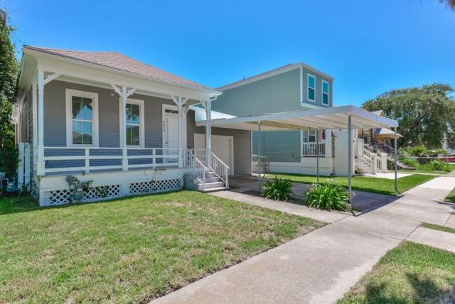3317 Avenue P 1/2, Galveston, TX 77550 (MLS #94772814) :: The SOLD by George Team