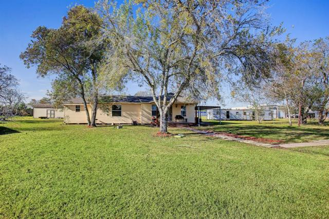 11807 1/2 Sunnyside Drive, Mont Belvieu, TX 77523 (MLS #94803296) :: The Heyl Group at Keller Williams
