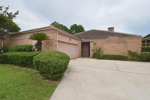 1319 Ambergate Drive, Houston, TX 77077 (MLS #9482464) :: Michele Harmon Team