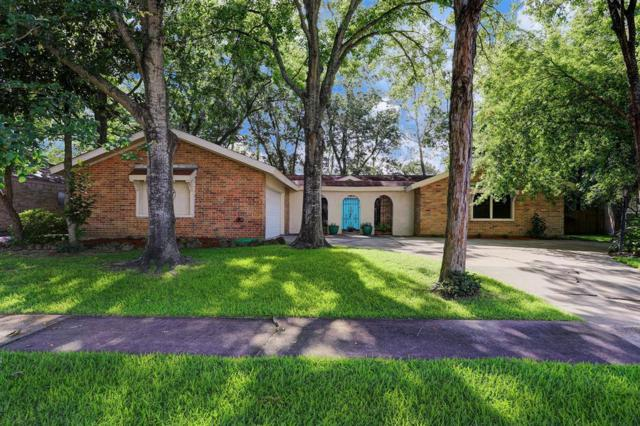 1206 Longledge Drive, Taylor Lake Village, TX 77586 (MLS #94838757) :: The Bly Team
