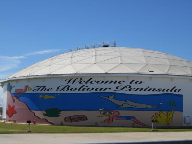 1196 E Bay Drive, Port Bolivar, TX 77650 (MLS #94938196) :: Texas Home Shop Realty
