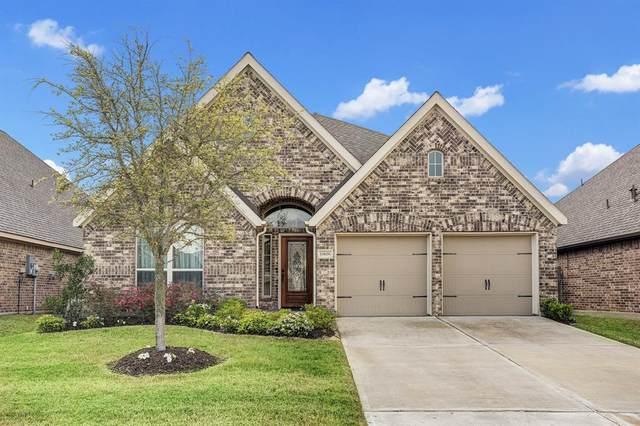 13606 Baybreeze Valley Lane, Pearland, TX 77584 (MLS #95110705) :: Christy Buck Team