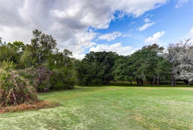 6 Creekwood Drive, Schulenburg, TX 78956 (MLS #9520360) :: Texas Home Shop Realty