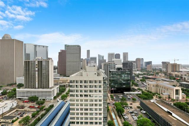 2016 Main Street #2403, Houston, TX 77002 (MLS #95425186) :: The Bly Team