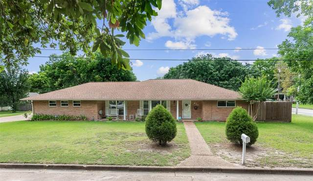 421 Church Street, Navasota, TX 77868 (MLS #95447612) :: NewHomePrograms.com LLC