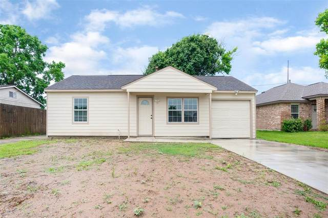 719 W 12th Street, Freeport, TX 77541 (MLS #95525966) :: The SOLD by George Team
