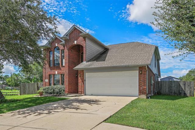 3535 Running Tide, Friendswood, TX 77546 (MLS #9555152) :: Fairwater Westmont Real Estate