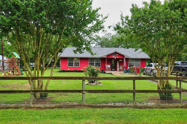 170 County Road 4013, Dayton, TX 77535 (MLS #95606084) :: The SOLD by George Team