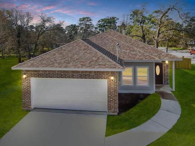 3106 Ash Drive, Dickinson, TX 77539 (MLS #95607401) :: The Freund Group
