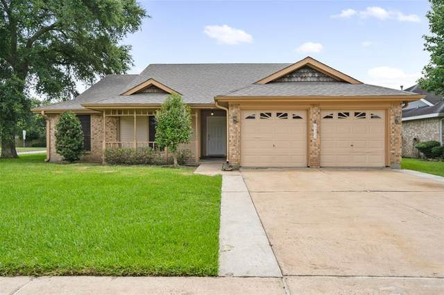 6522 Fairbourne Drive, Pasadena, TX 77505 (MLS #95614129) :: The SOLD by George Team