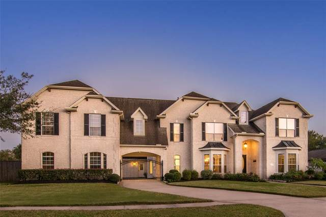 408 Northcliff Ridge Lane, Friendswood, TX 77546 (MLS #95678395) :: Homemax Properties