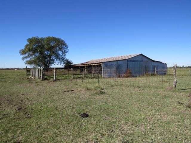 7463 Highway 159 E, Bellville, TX 77418 (MLS #95688596) :: Texas Home Shop Realty