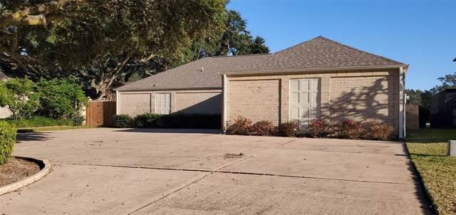 1830 Country Club Boulevard, Sugar Land, TX 77478 (MLS #95720648) :: Caskey Realty