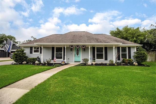 3808 Winter Haven Drive, Baytown, TX 77521 (MLS #95762081) :: Connect Realty