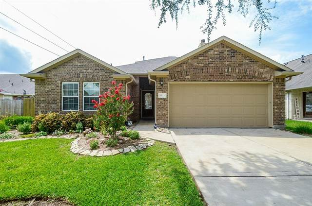 6111 Miramont Drive, Rosenberg, TX 77471 (MLS #95784183) :: The SOLD by George Team