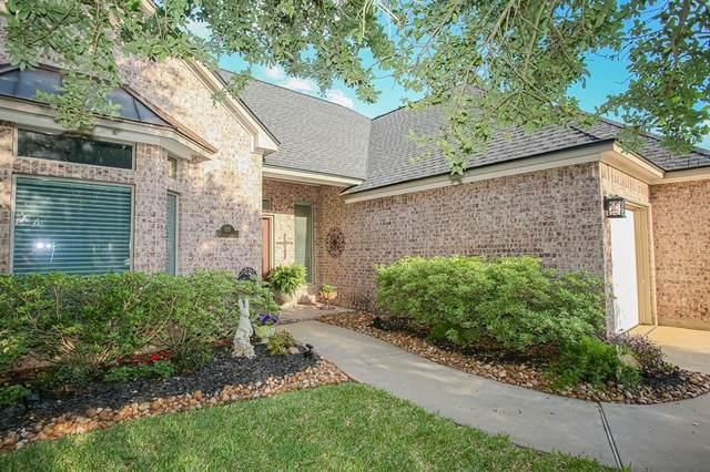123 Deerwood Drive, Lake Jackson, TX 77566 (MLS #95942028) :: Keller Williams Realty