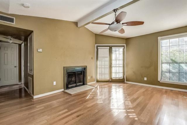 12500 Sandpiper Drive #116, Houston, TX 77035 (MLS #96058484) :: Giorgi Real Estate Group