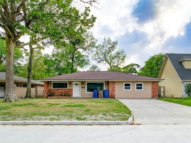 2802 Oak Drive, Dickinson, TX 77539 (MLS #96059406) :: Giorgi Real Estate Group