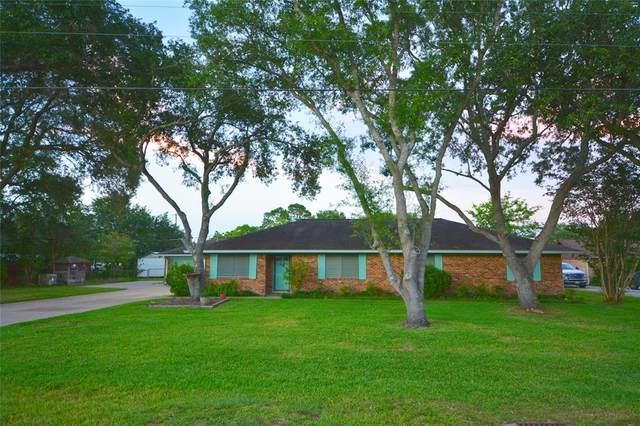 2675 Rowan Burton Road, Alvin, TX 77511 (MLS #96092141) :: Texas Home Shop Realty