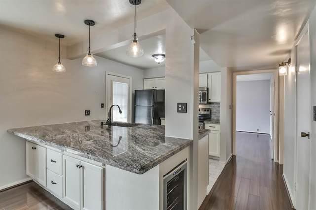 6201 Beverlyhill Street #9, Houston, TX 77057 (MLS #96147709) :: Giorgi Real Estate Group