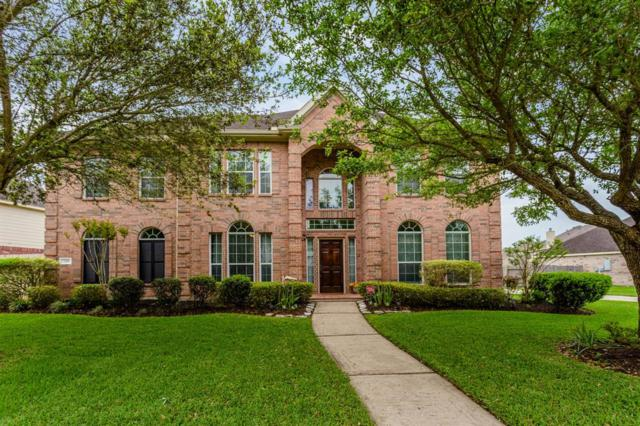 725 Falcon Lake Drive, Friendswood, TX 77546 (MLS #96202221) :: Fairwater Westmont Real Estate