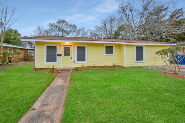 804 E Wilkins Street, Angleton, TX 77515 (MLS #96211209) :: Connect Realty