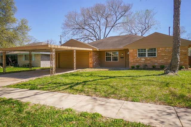 8119 Braes River Drive, Houston, TX 77074 (MLS #96240122) :: The SOLD by George Team