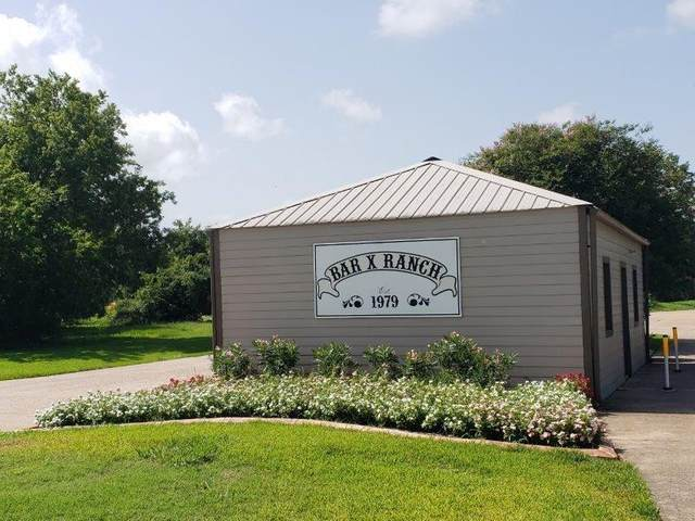 1631 Frontier Trail, Angleton, TX 77515 (MLS #9631911) :: The Queen Team