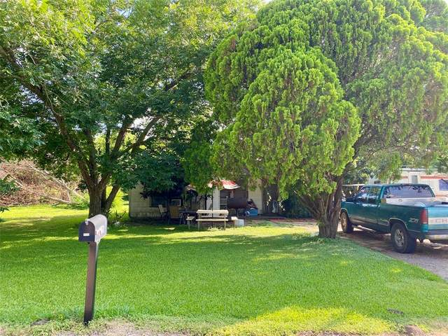 1723 N Avenue G, Freeport, TX 77541 (MLS #96378651) :: Michele Harmon Team