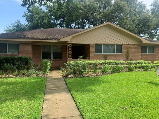 5606 Briarbend Drive, Houston, TX 77096 (MLS #96468083) :: Connell Team with Better Homes and Gardens, Gary Greene