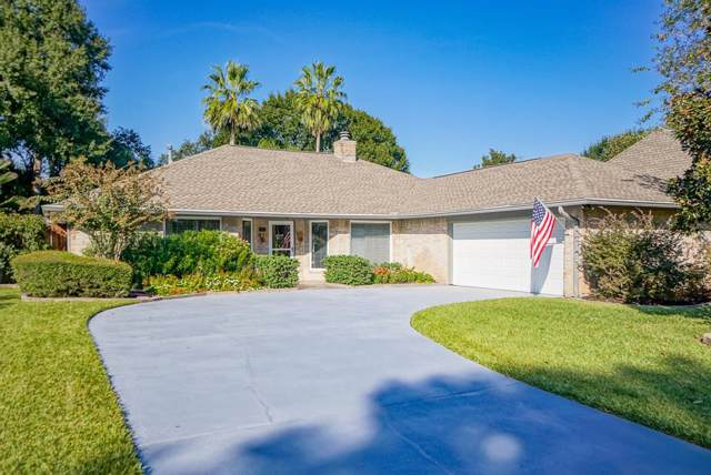 827 Millpond Drive, Sugar Land, TX 77498 (MLS #9661590) :: The SOLD by George Team