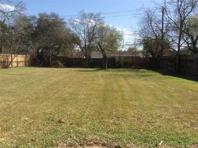 7043 Hazen Street, Houston, TX 77074 (#96654901) :: ORO Realty