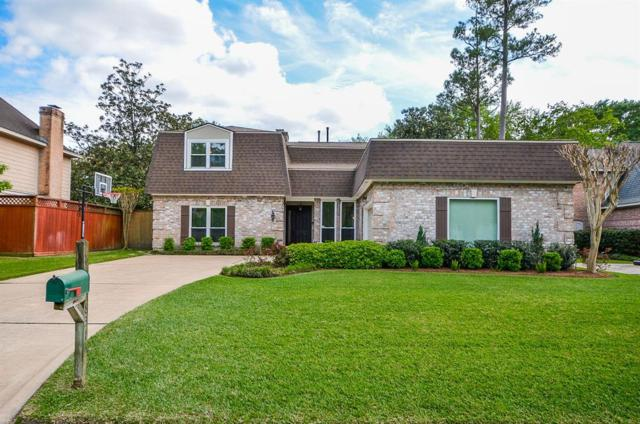8313 Cedarspur Dr, Spring Valley Village, TX 77055 (MLS #96659359) :: Texas Home Shop Realty