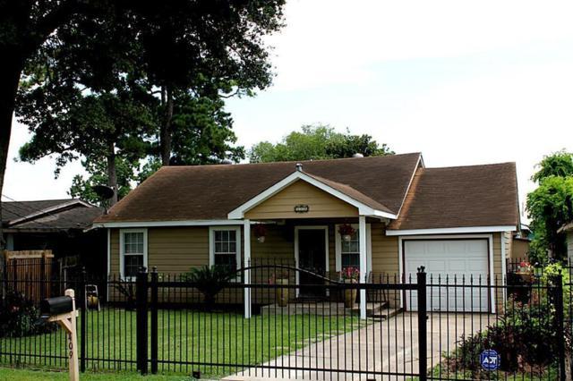 409 Robert Lee Road, Houston, TX 77009 (MLS #9666753) :: The Sansone Group