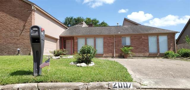 2007 Point Clear Court, Missouri City, TX 77459 (MLS #96668990) :: Phyllis Foster Real Estate