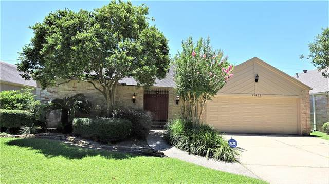 13907 Swiss Hill Drive, Houston, TX 77077 (MLS #96710999) :: The Home Branch