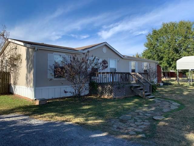 1426 S Cass Street, Centerville, TX 75833 (MLS #9675665) :: Texas Home Shop Realty