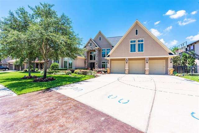 414 Hunters Lane, Friendswood, TX 77546 (MLS #9678086) :: The Bly Team