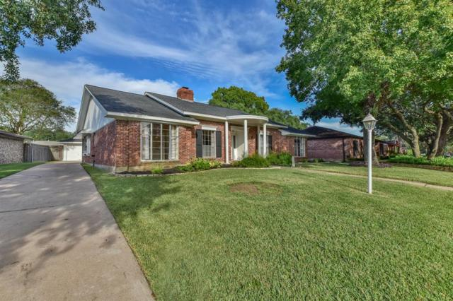 18223 Nassau Bay Dr Drive, Nassau Bay, TX 77058 (MLS #96819535) :: Ellison Real Estate Team