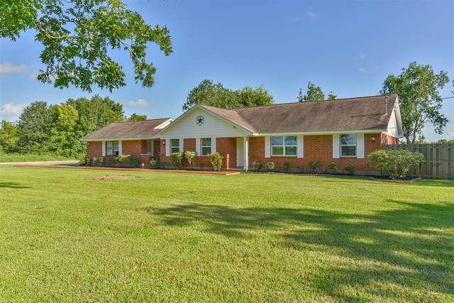 18135 Mckay Road, Alvin, TX 77511 (MLS #96823264) :: The Freund Group