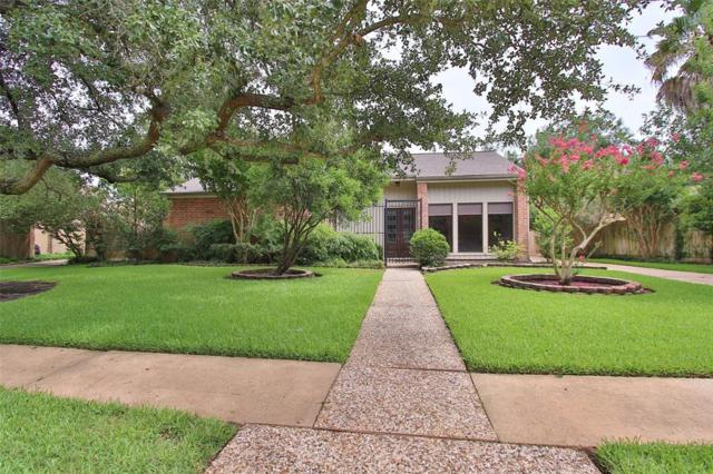 1615 Mossy Stone, Houston, TX 77077 (MLS #96857043) :: Caskey Realty
