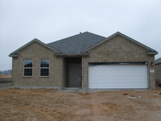 5322 Abbeville Court, Dickinson, TX 77539 (MLS #96949185) :: The Kevin Allen Jones Home Team