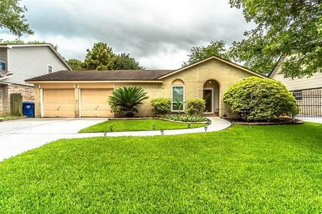17119 Mellow Ridge Drive, Spring, TX 77379 (MLS #97260969) :: The Sansone Group