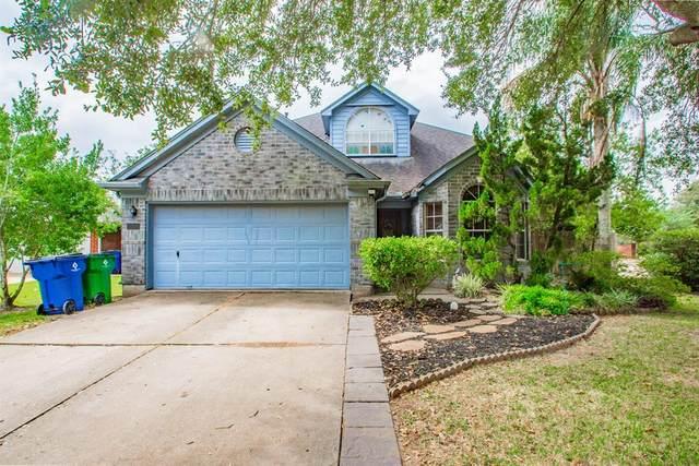 273 Lasso Street, Angleton, TX 77515 (MLS #97281842) :: Lerner Realty Solutions