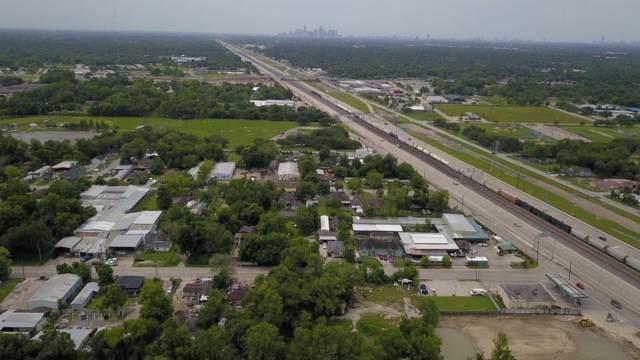 11210 E Hardy Road, Houston, TX 77093 (MLS #9732628) :: The Sansone Group