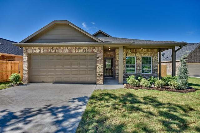 737 High Oaks Drive, Bellville, TX 77418 (MLS #97335226) :: The SOLD by George Team