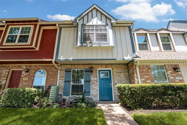 11002 Hammerly Boulevard #229, Houston, TX 77043 (MLS #97380314) :: NewHomePrograms.com
