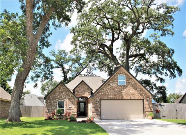 204 Jefferson Street, Clute, TX 77531 (MLS #9741620) :: The SOLD by George Team