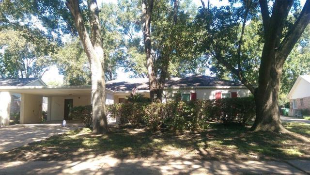 5930 Bent Bough, Houston, TX 77088 (MLS #97529204) :: Team Parodi at Realty Associates