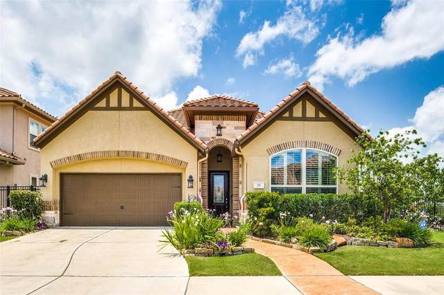 25 Silent Way Drive, Sugar Land, TX 77498 (MLS #97574028) :: The SOLD by George Team